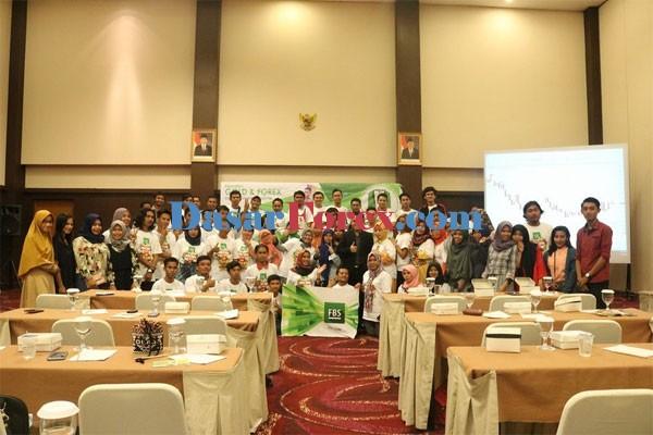 Seminar FBS Forex dan Gold di Malang